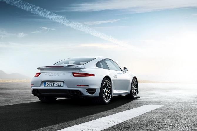2014-Porsche-911-Turbo-S-beyaz